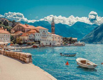 В Черногории намерены ввести штрафы за появление в общественных местах в купальнике